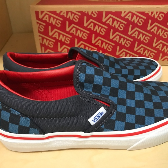Vans Classic Slip On Shoes - NEW! Size 3 f8f89a405